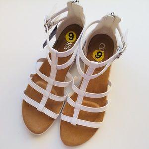 26953f6c6f9db Champs Shoes - NWT Champs Wedge Sandals